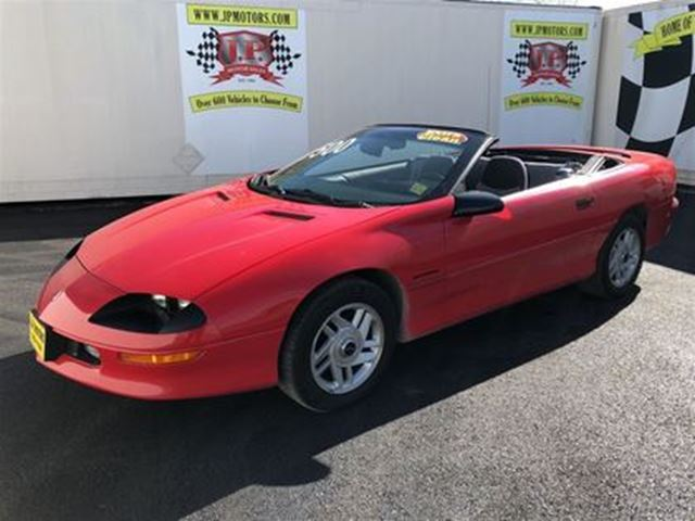 1994 CHEVROLET CAMARO Manual, Only 39, 000km, Convertible in Burlington, Ontario