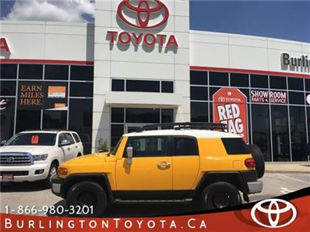 2007 Toyota FJ Cruiser 4x4 in Burlington, Ontario