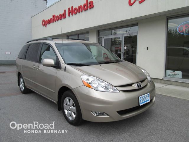 2006 TOYOTA Sienna LE in Burnaby, British Columbia
