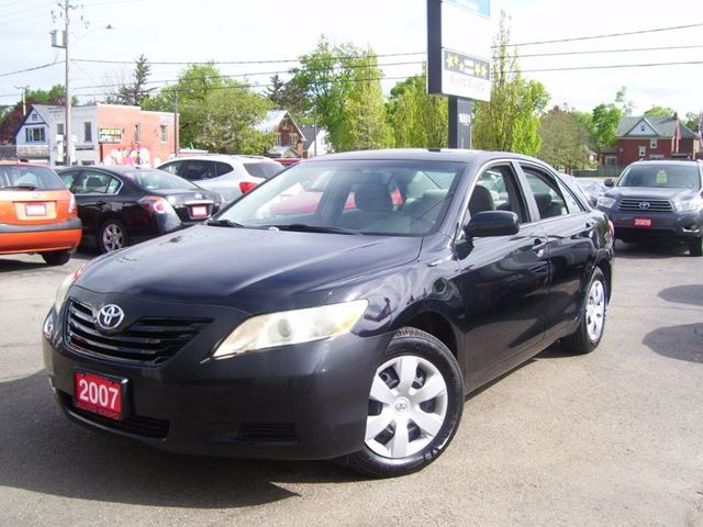 2007 TOYOTA CAMRY LE in Kitchener, Ontario