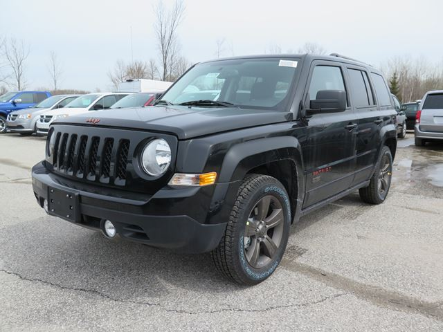 2016 Jeep Patriot 75th Anniversary Edition in Orillia, Ontario