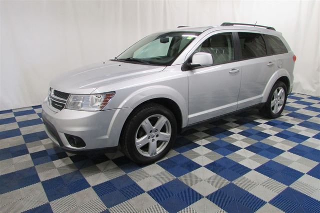 2011 DODGE JOURNEY SXT/BLUETOOTH/ALLOY WHEELS/USB OUTLET in Winnipeg, Manitoba
