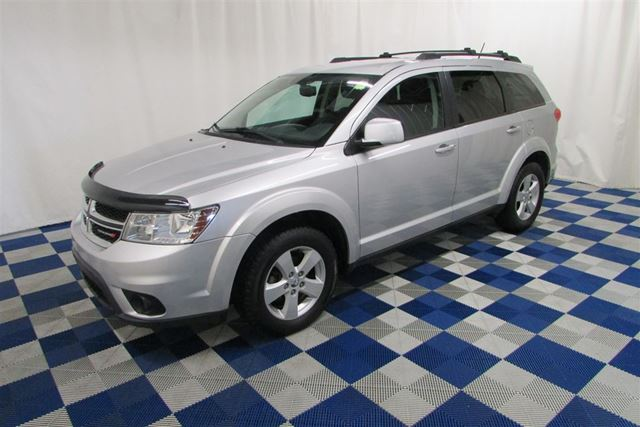 2012 DODGE JOURNEY SXT & Crew/BLUETOOTH/USB OUTLET/ALLOYS in Winnipeg, Manitoba