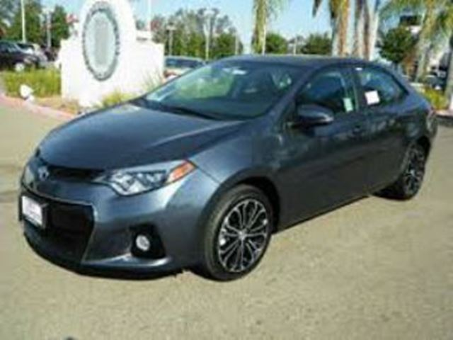 2015 Toyota Corolla S ~ Auto ~ Up-grade Package in Mississauga, Ontario