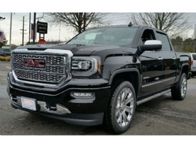 2017 GMC Sierra 1500 Denali CrewCab 4WD 5.3L V8, Fully Loaded in Mississauga, Ontario