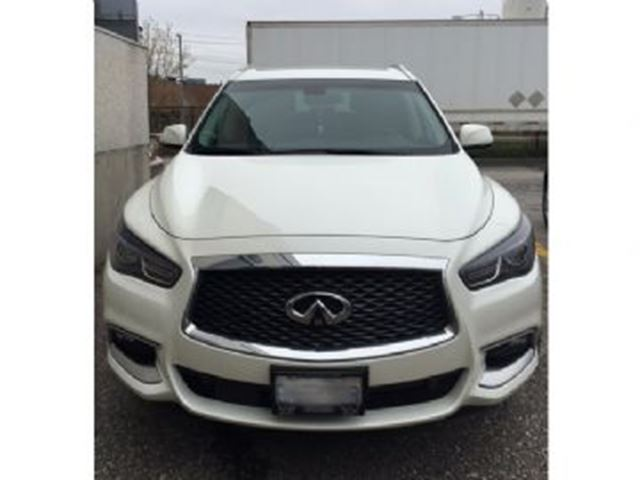 2016 INFINITI QX60 AWD 4dr in Mississauga, Ontario