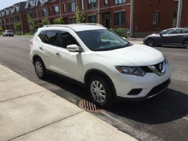 2016 Nissan Rogue 2WD in Mississauga, Ontario