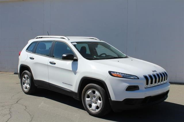 2014 JEEP CHEROKEE Sport in St John's, Newfoundland And Labrador