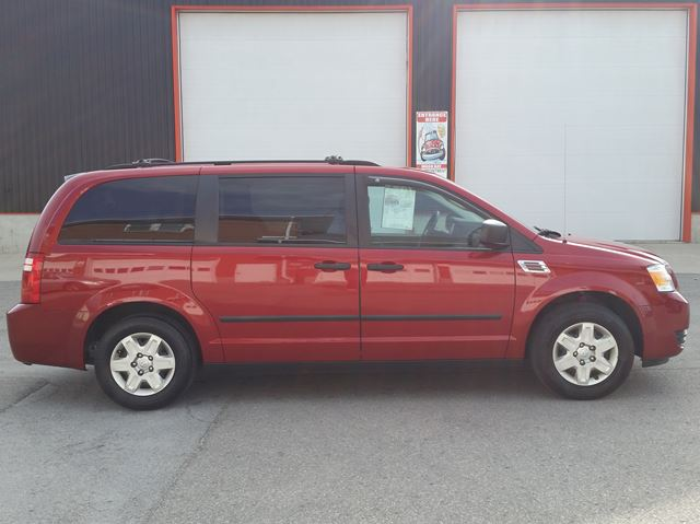 2009 Dodge Grand Caravan SE w/stereo upgrade & rear cam in Jarvis, Ontario