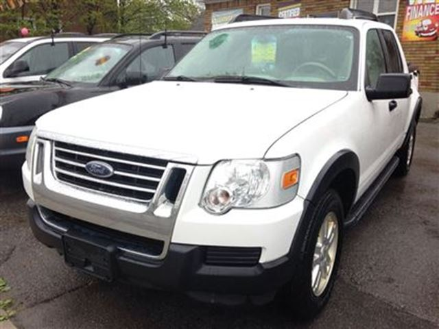 2007 Ford Explorer Sport Trac XLT 4.0L in St Catharines, Ontario