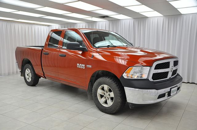 2013 Dodge RAM 1500 5.7L HEMI 4x4 4DR 6PASS QUAD CAB w/ A/C, BOX LI in Dartmouth, Nova Scotia