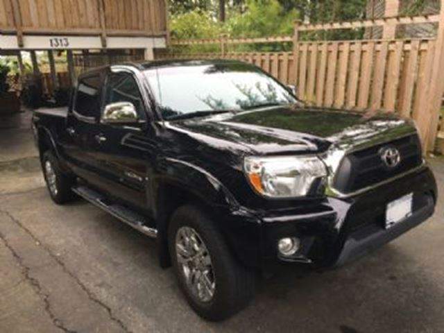 2015 Toyota Tacoma 4WD Double Cab V6 Auto in Mississauga, Ontario