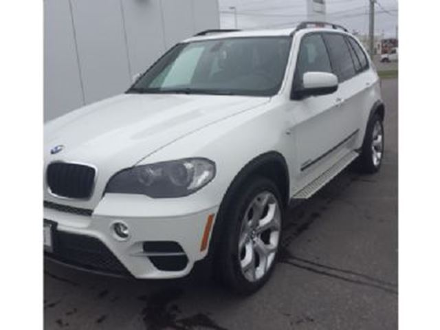 2011 BMW X5 AWD 35i w/Navigation in Mississauga, Ontario