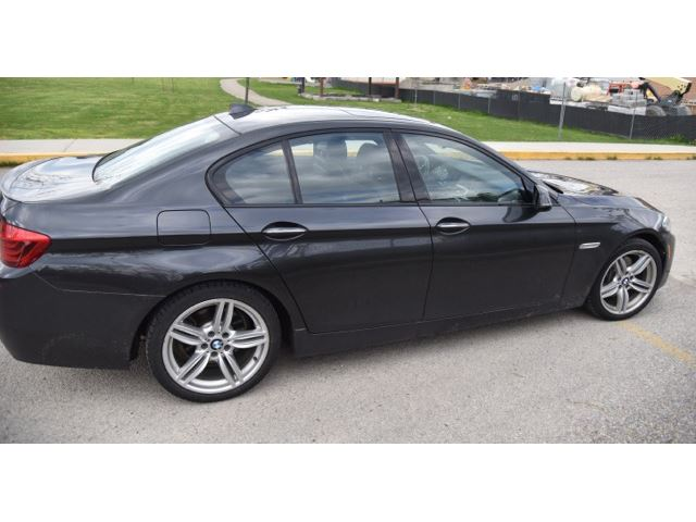 2014 bmw 5 series 4dr sdn 535i xdrive awd mississauga ontario car for sale 2783963. Black Bedroom Furniture Sets. Home Design Ideas