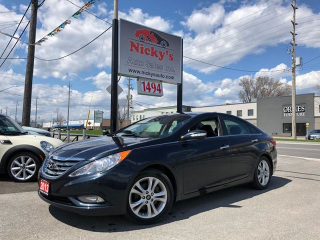 2013 HYUNDAI SONATA LIMITED, AUTO, LEATHER & SUNROOF, HEATED SEATS, ACCIDENT FREE, LOADED! $0 DOWN $108 BI-WEEKLY! in Ottawa, Ontario
