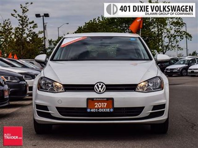 2017 VOLKSWAGEN GOLF 5-Dr 1.8T Trendline 6sp at w/Tip WOW !! 100% NO Ac in Mississauga, Ontario