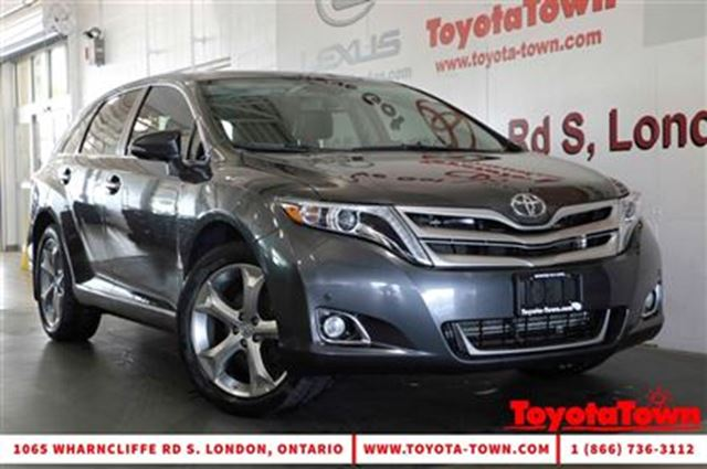 2015 Toyota Venza V6 AWD LIMITED LEATHER & NAVIGATION REMOTE START in London, Ontario