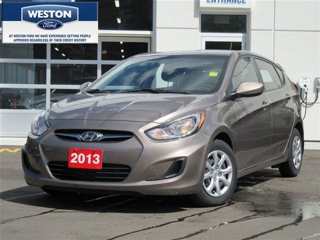 2013 Hyundai Accent GS 5-Door in Toronto, Ontario