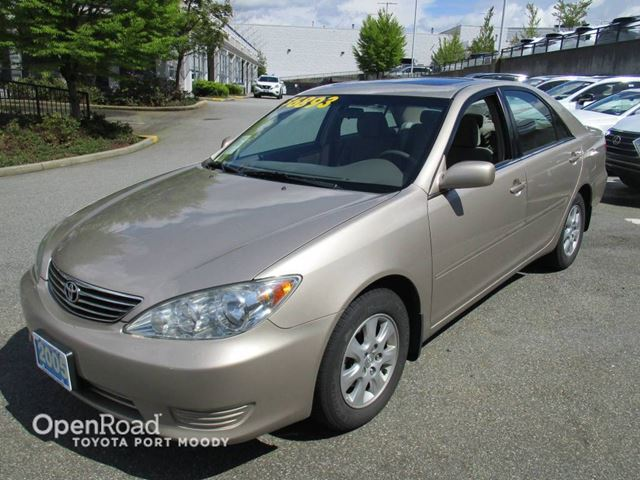 2005 TOYOTA CAMRY LE - Air Conditioning, Keyless Entry, Power Win in Port Moody, British Columbia
