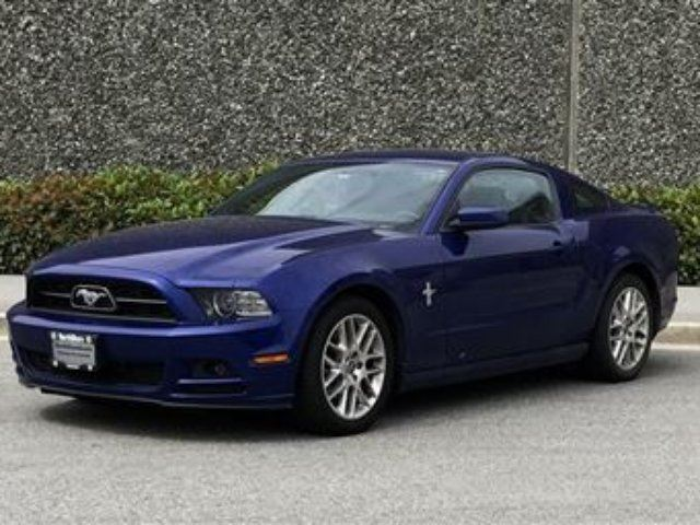 2013 Ford Mustang Premium Coupe in North Vancouver, British Columbia