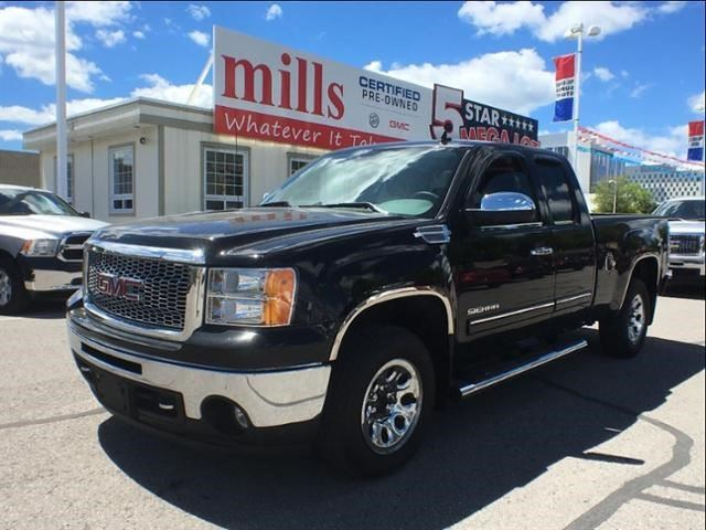 2011 GMC Sierra 1500 SL Nevada Edition in Oshawa, Ontario