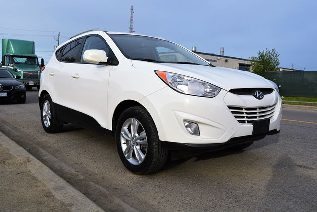 2012 Hyundai Tucson | ALL WHEEL DRIVE | NO ACCIDENT HISTORY in Brampton, Ontario