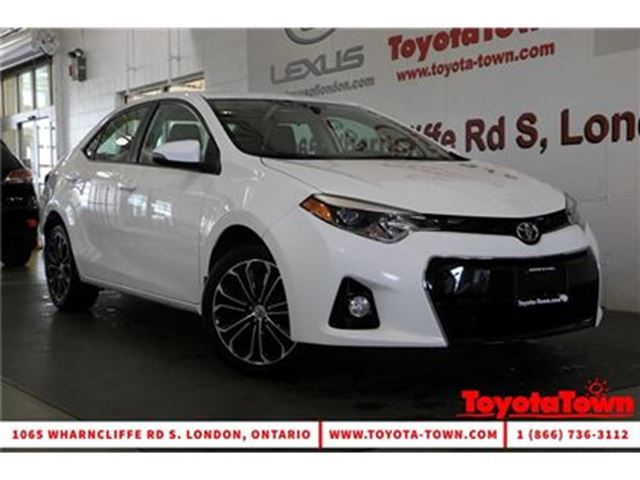 2015 Toyota Corolla S UPGRADE MOONROOF ALLOYS BACKUP CAMERA in London, Ontario