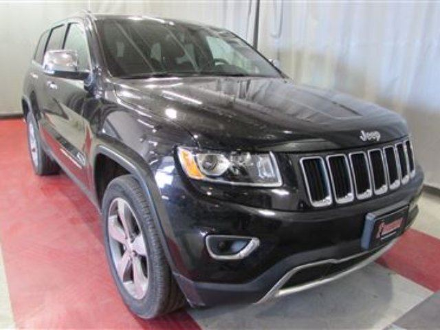 2016 Jeep Grand Cherokee LIMITED 3.6L 4X4 NAV SUNROOF REMOTE STRT A/C in Winnipeg, Manitoba