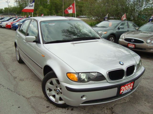 2002 BMW 3 SERIES 325xi Only 117km Leather Sunroof in Cambridge, Ontario