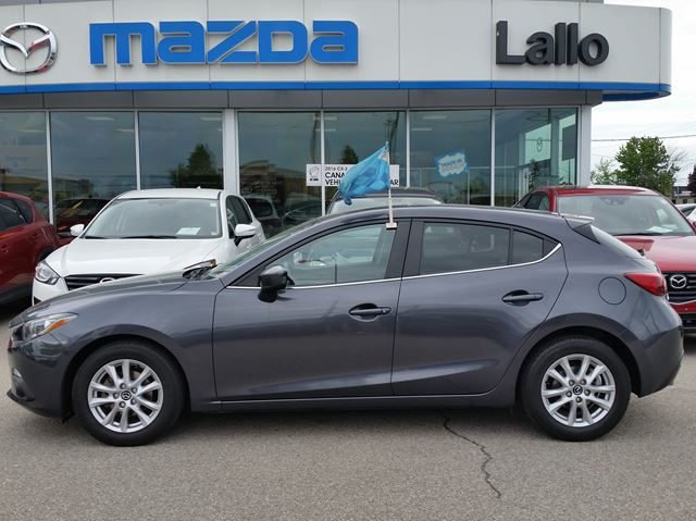 2014 MAZDA MAZDA3 GS-SKY 6spd in Brantford, Ontario