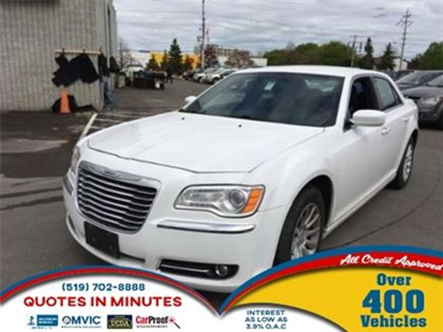 2012 CHRYSLER 300 TOURING   V6   KEYLESS ENTRY in London, Ontario