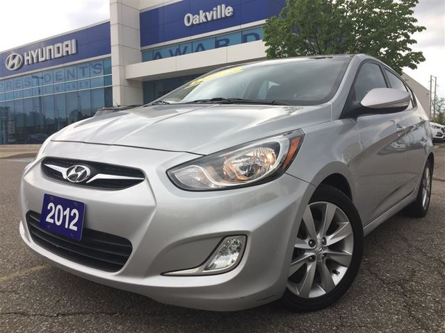 2012 HYUNDAI ACCENT SE  A/T  ALLOYS  ROOF  HEATED SEAT  ONE OWNER in Oakville, Ontario