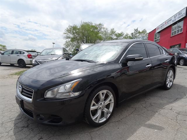 used 2012 nissan maxima v 6 cy sv sunroof camera toronto. Black Bedroom Furniture Sets. Home Design Ideas
