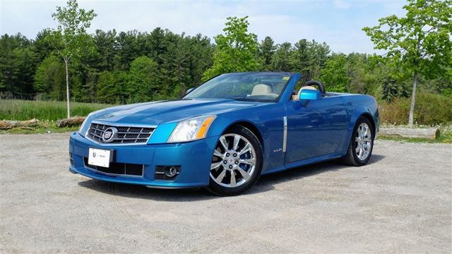 2009 CADILLAC XLR Base CONVERTIBLE, RARE, ONE OWNER, NO ACCIDENT in Newmarket, Ontario