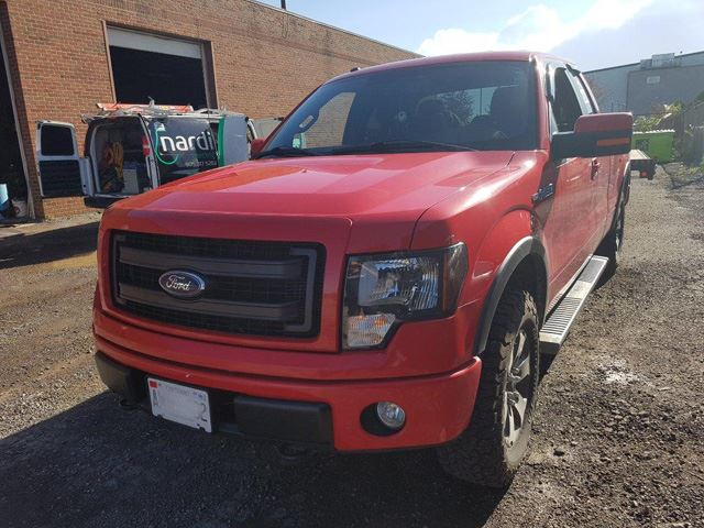 2013 Ford F-150 4WD SuperCab 145' FX4 in Mississauga, Ontario