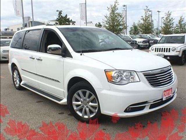 2016 Chrysler Town and Country LIMITED**LEATHER**DUAL DVD** in Mississauga, Ontario