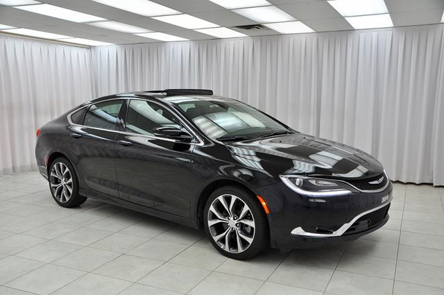 2016 CHRYSLER 200 200C V6 SEDAN w/ BLUETOOTH, HEATED LEATHER & ST in Dartmouth, Nova Scotia