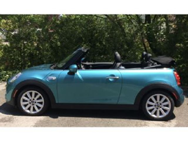 2016 MINI Cooper 2dr S ~ 6-speed Manual / Navigation in Mississauga, Ontario