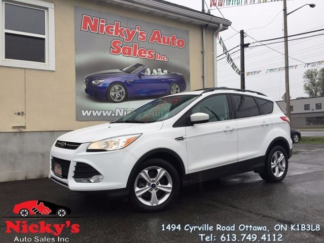 2014 Ford Escape SE - ECOBOOST 4WD - MICROSOFT SYNC - ALLOY WHEELS - HEATED SEATS - BACKUP CAM! $0 DOWN $113 BI-WEEKLY! in Ottawa, Ontario