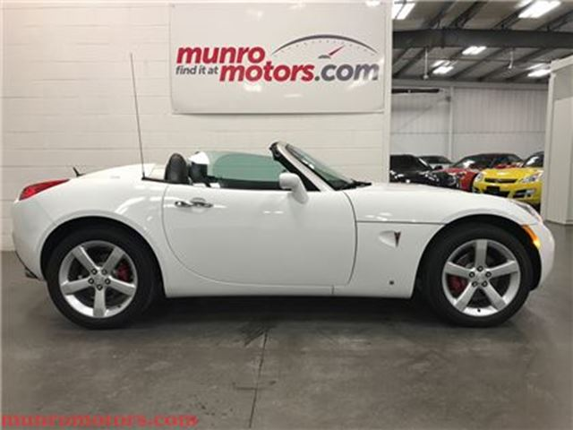 2008 PONTIAC SOLSTICE SOLD SOLD SOLD Auto Leather A/C One Owner 25 Kms in St George Brant, Ontario