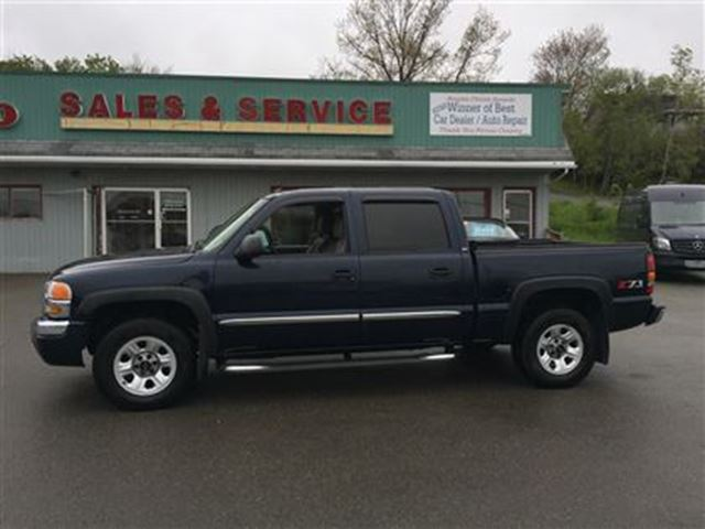 2005 GMC Sierra 1500 SLT in New Glasgow, Nova Scotia