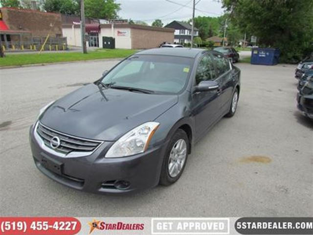 2011 NISSAN ALTIMA 3.5 SR   CLEAN   MUST SEE in London, Ontario