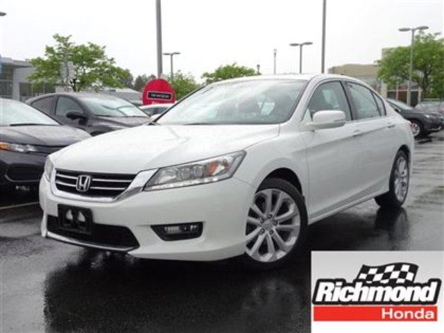 2014 HONDA Accord Touring V6! Honda Certified Extended Warranty to 1 in Richmond, British Columbia