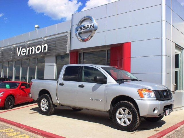 2015 NISSAN Titan S in Kelowna, British Columbia