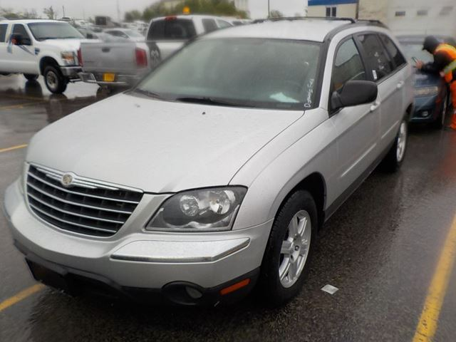 2006 CHRYSLER PACIFICA           in Innisfil, Ontario