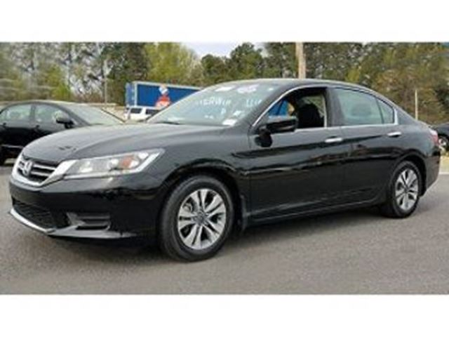 2014 Honda Accord  LX Automatic ~ LOW KMs in Mississauga, Ontario