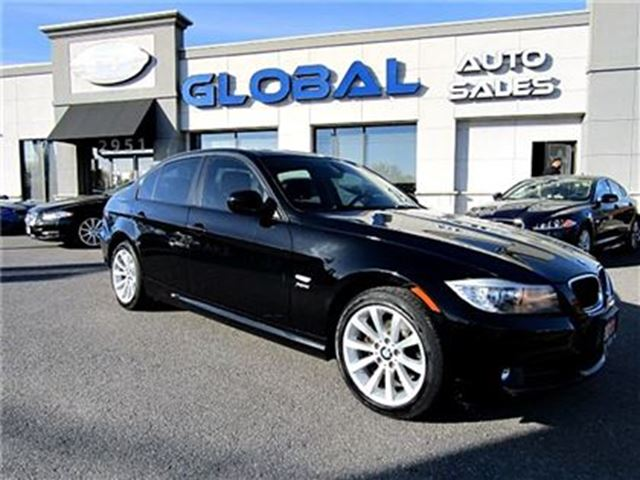 2011 bmw 3 series 328 328i xdrive black on black ottawa. Black Bedroom Furniture Sets. Home Design Ideas