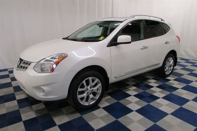 2013 Nissan Rogue SV AWD/SUNROOF/NAV/HTD SEATS in Winnipeg, Manitoba