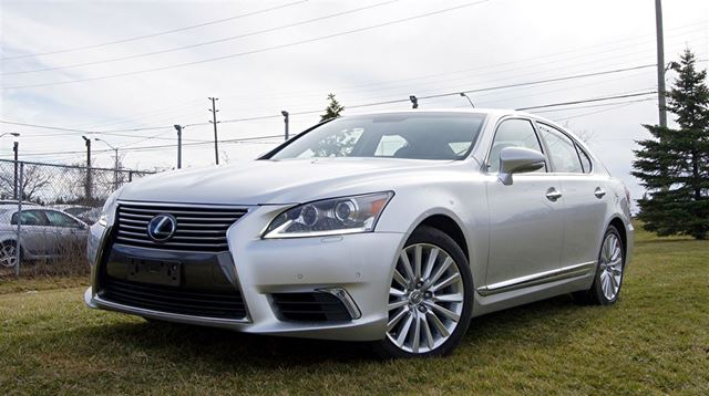 2013 Lexus LS 460 TECHNOLOGY PACKAGE *  AWD * NAVI in Woodbridge, Ontario