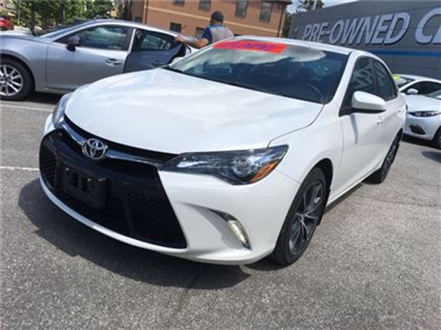 2015 toyota camry xse navigation toronto toronto ontario car for sale 2791011. Black Bedroom Furniture Sets. Home Design Ideas